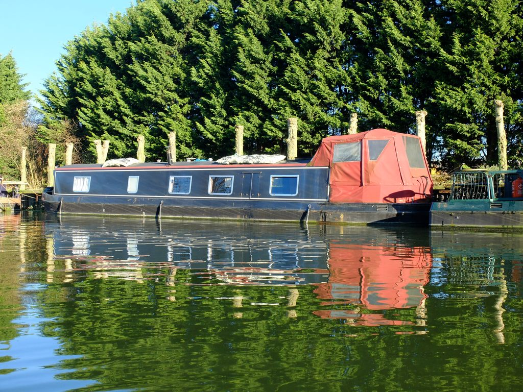 narrowboats-2